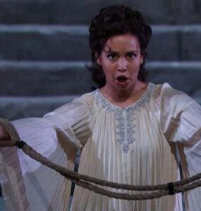Tendencias estéticas de dirección escénica en la ópera de nuestros días 38