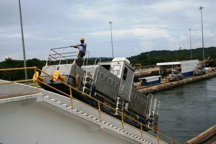 El canal de Panamá: las esclusas de Gatún » canal