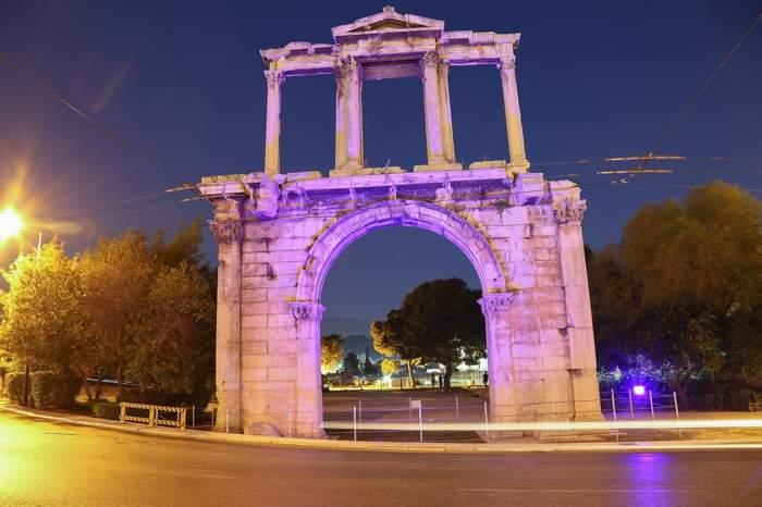 Arco romano de Adriano