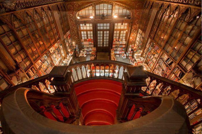 Antiga, mui nobre, sempre leal e invicta cidade do Porto: carta de amor 2