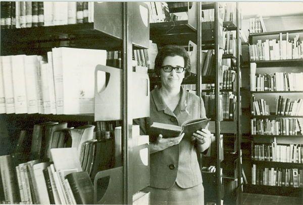 Lourdes Díaz-Trechuelo